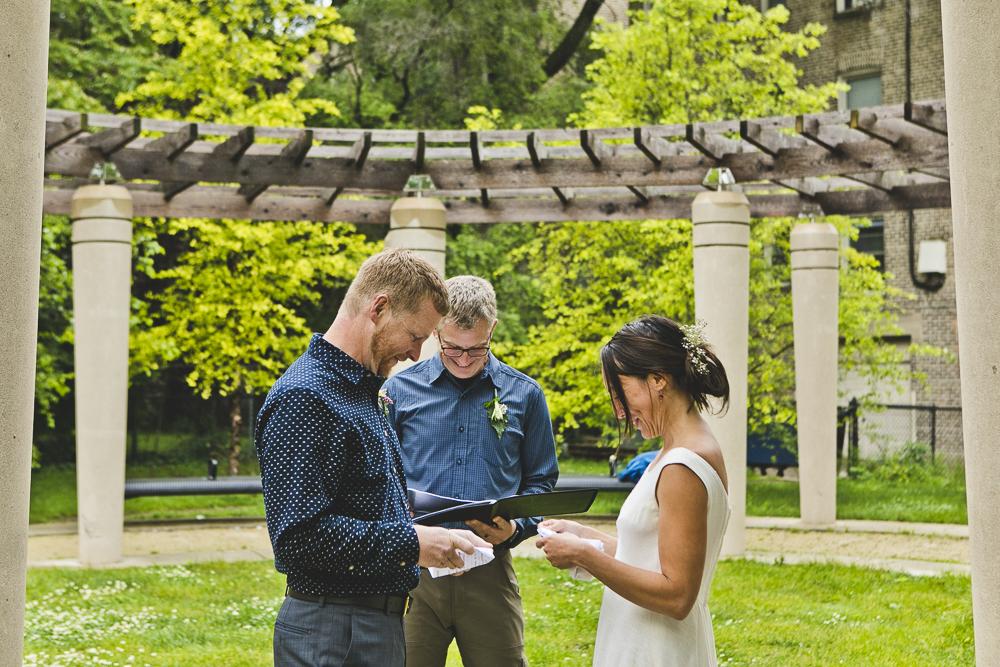 Chicago Wedding Photographers_Small and Intimate Wedding at Loyola Beach_JPP Studios_KI_19.JPG