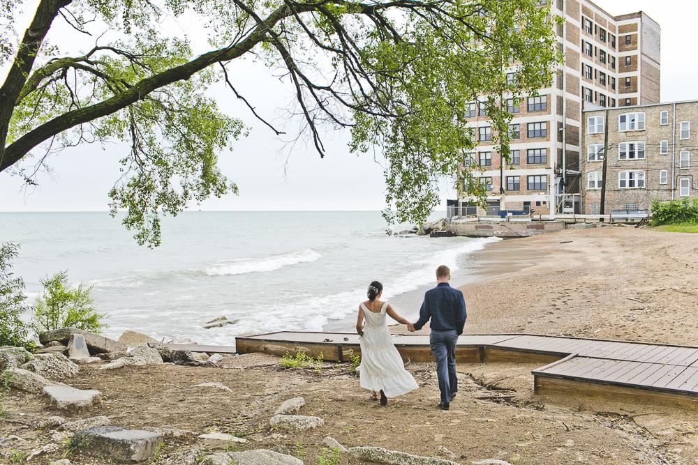 Chicago Wedding Photographers_Small and Intimate Wedding at Loyola Beach_JPP Studios_KI_30.JPG