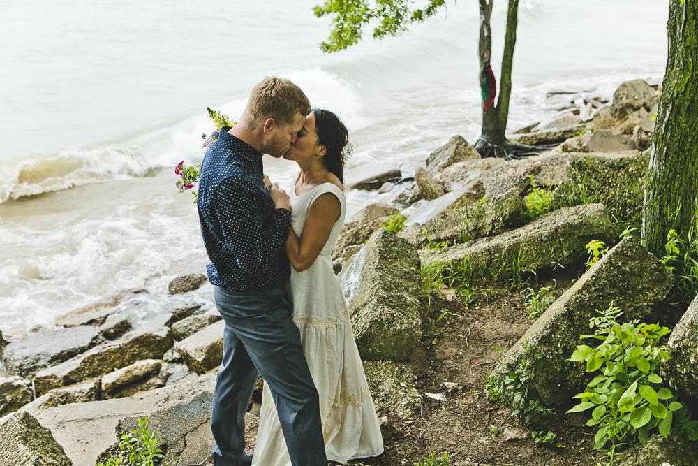 Chicago Wedding Photographers_Small and Intimate Wedding at Loyola Beach_JPP Studios_KI_41.JPG