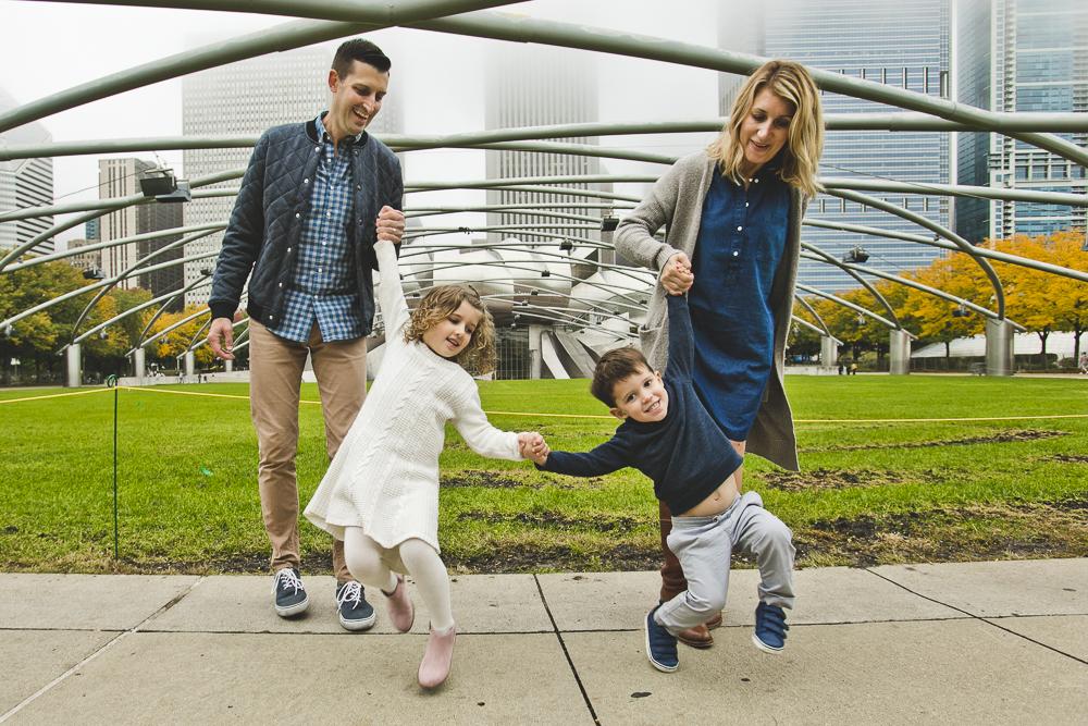 Chicago Family Photographers_Millennium Park_JPP Studios_L_12.JPG