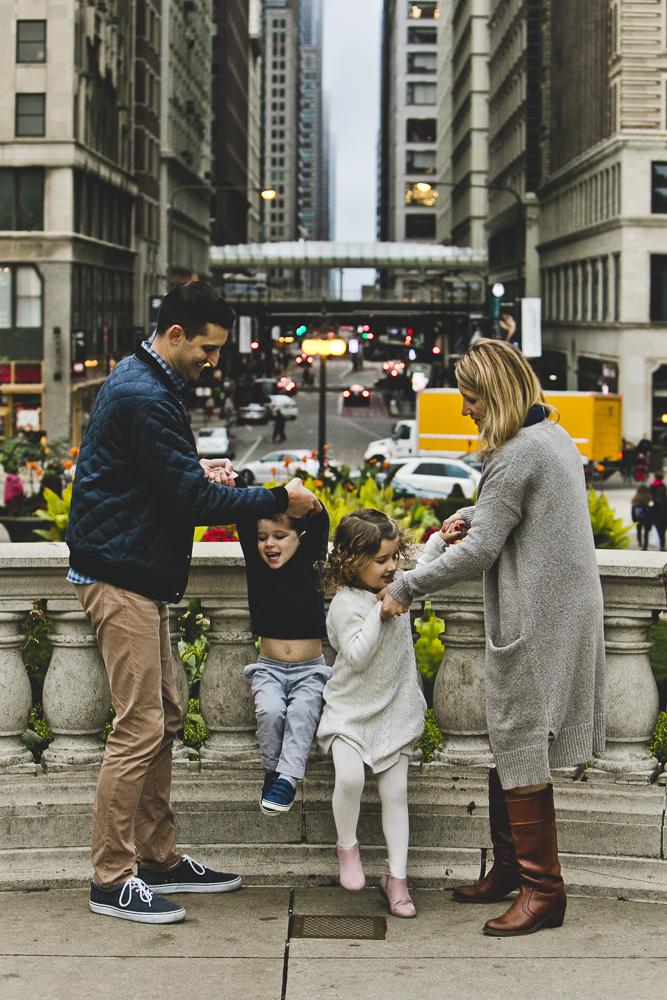 Chicago Family Photographers_Millennium Park_JPP Studios_L_16.JPG