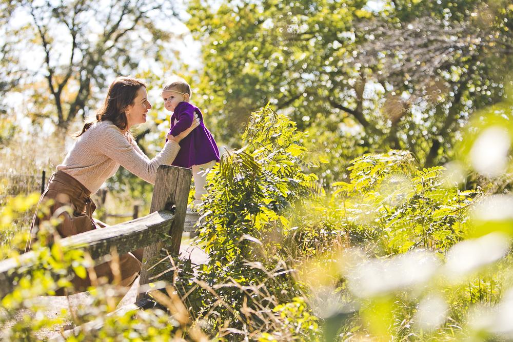 Chicago Family Photographers_Lincoln Park_North Pond_JPP Studios_G_18.JPG