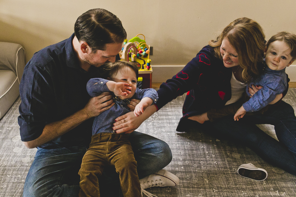 Chicago Family Photographers_At Home Session_Bucktown_JPP Studios_Y_11.JPG
