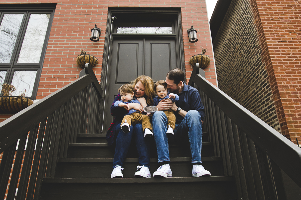 Chicago Family Photographers_At Home Session_Bucktown_JPP Studios_Y_25.JPG