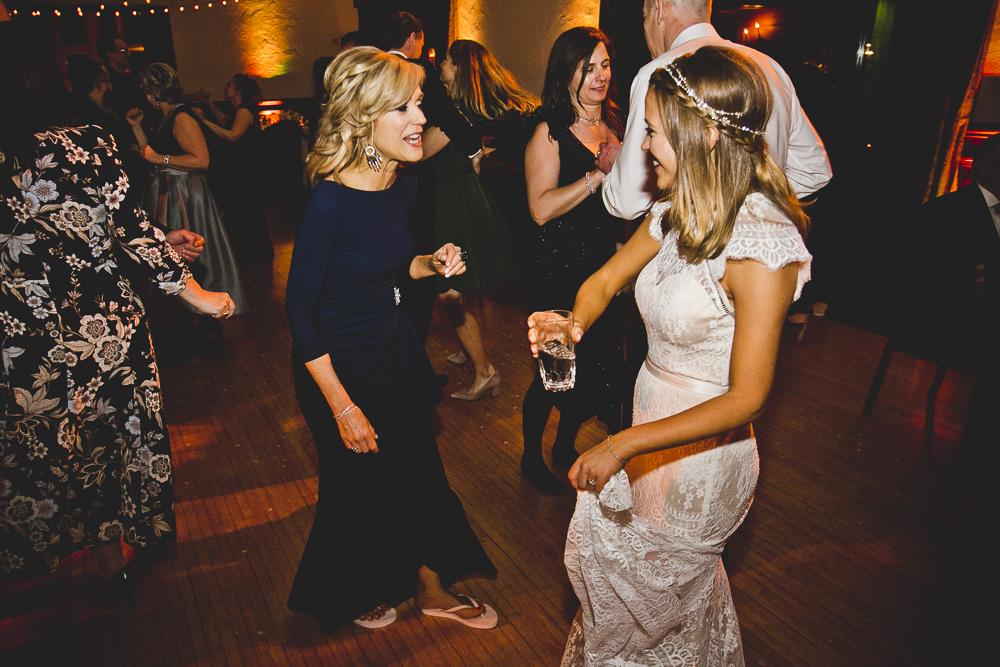 Chicago Wedding Photographers_Michigan Shores Clud_JPP Studios_LindsayJames_136.JPG