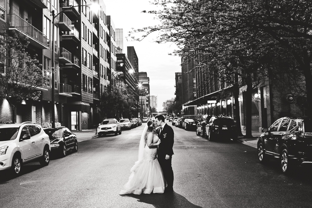 Chicago Wedding Photographers_Loft Lucia_JPP Studios_CL_148.JPG