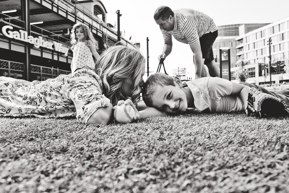 Chicago Family Photographers_Wrigley Field_S_12.JPG