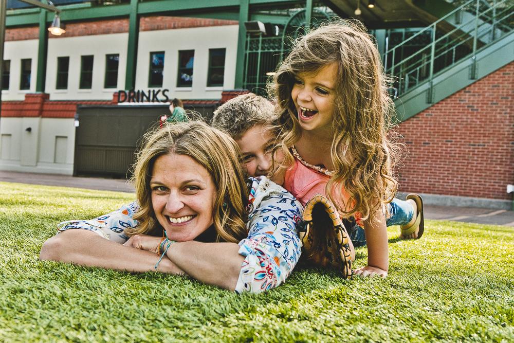 Chicago Family Photographers_Wrigley Field_S_13.JPG