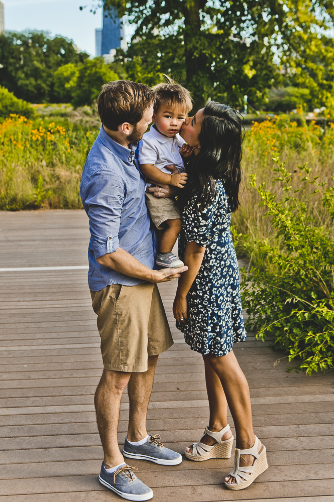Chicago Family Photographers_Lincoln Park_South Pond Nature Walk_P_29.JPG