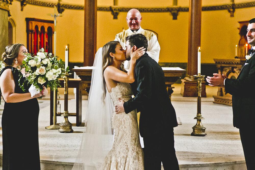 Chicago Wedding Photographers_Newberry Library_JPP Studios_EN_033.JPG