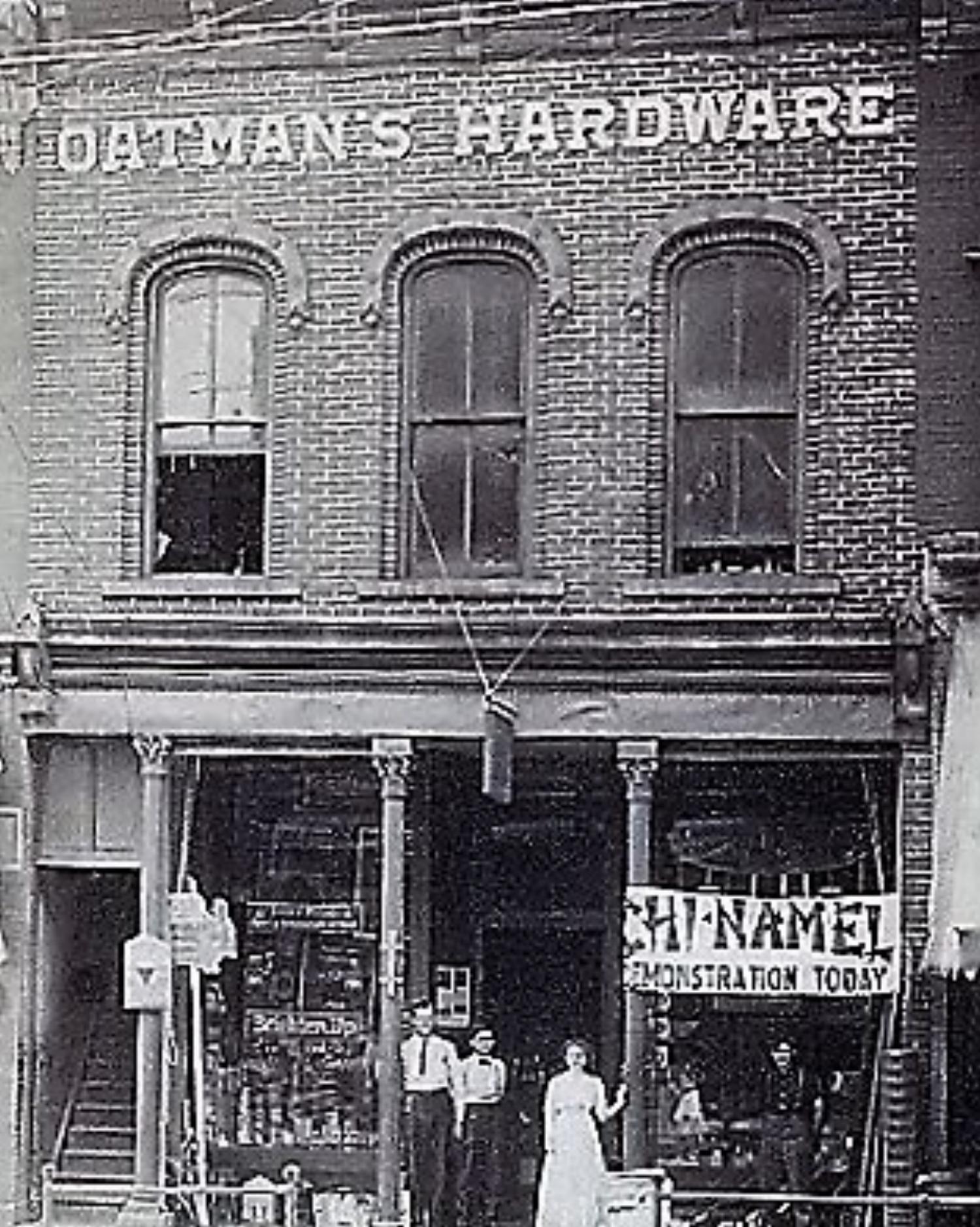 Oatman Hardware 1872.jpg