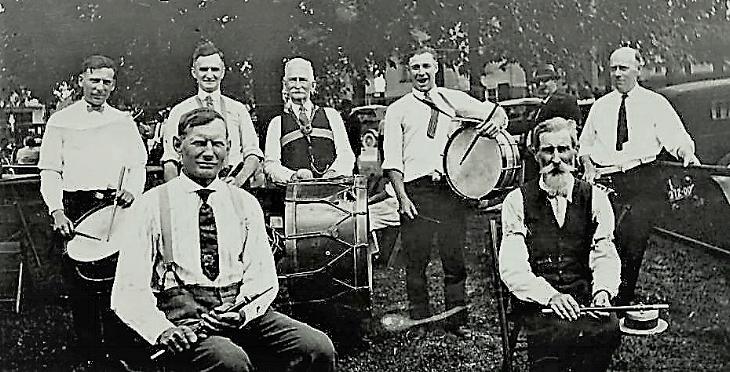 Medina band 1926!.jpg
