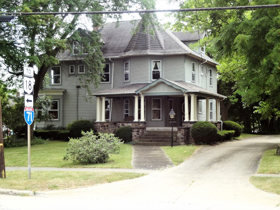 254 East Smith Road.jpg