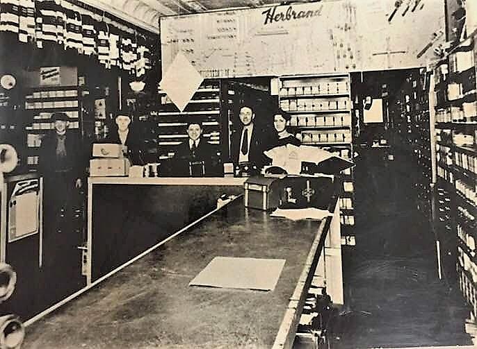 Medina Auto Parts 1934 photo.jpg