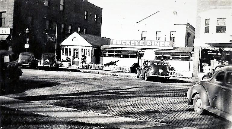 1944 Buckeye Diner photo.jpg
