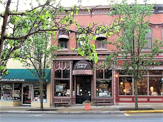 221 South Court Street.jpg