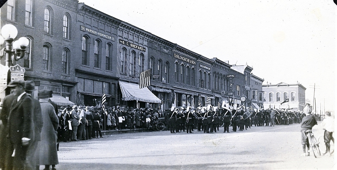 Circa 1922 West-side Public Square