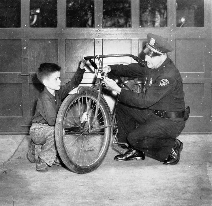 Police Dept. 08 1949.jpg