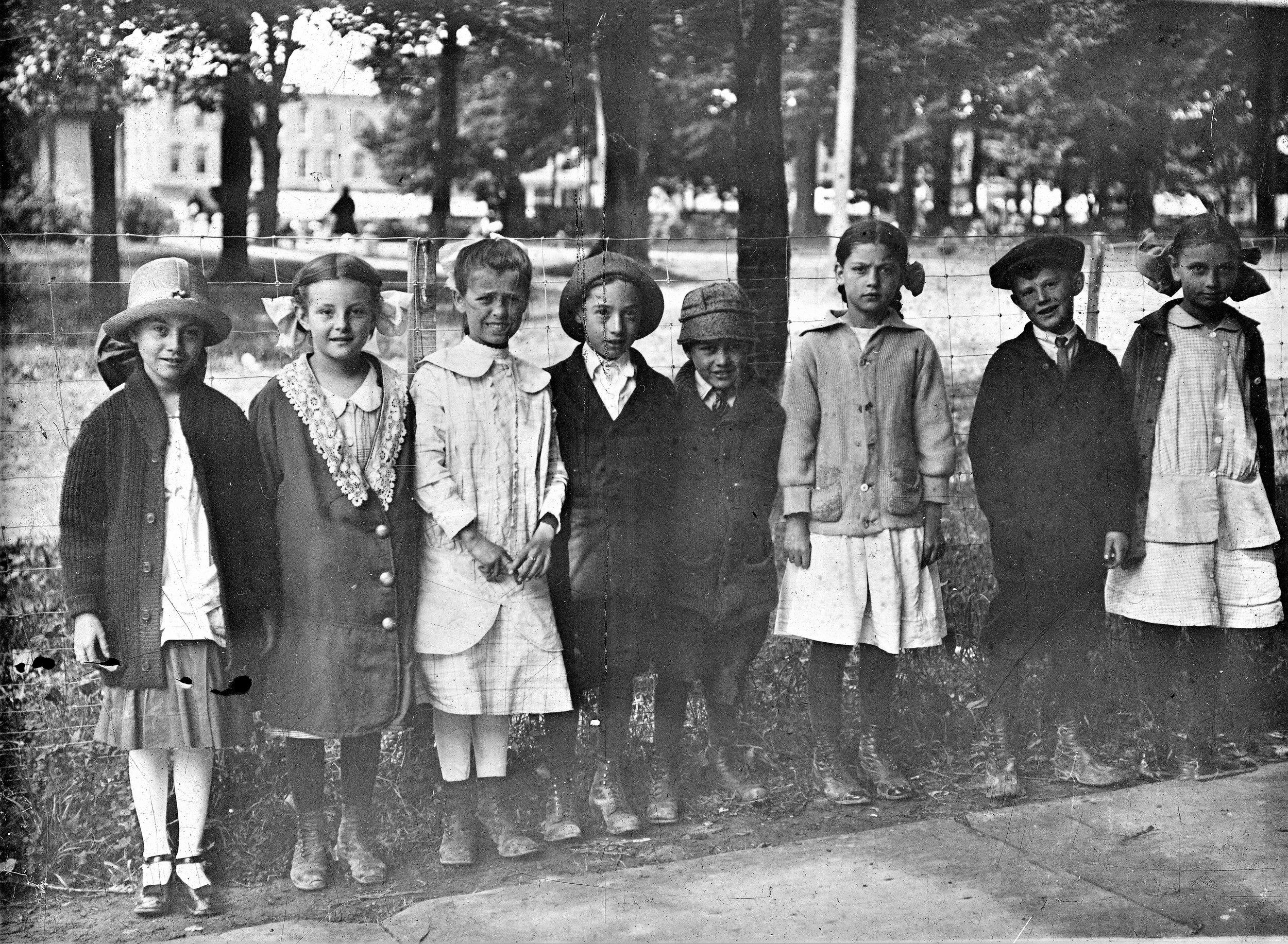 Library Children 1927.jpg