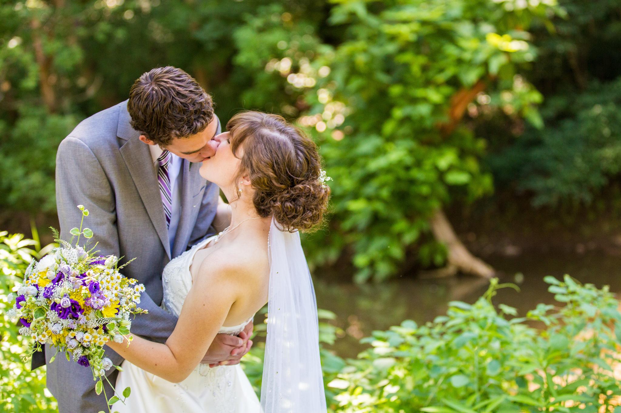 Stacey Hammarberg - Eicher Wedding - Web (25 of 44).jpg