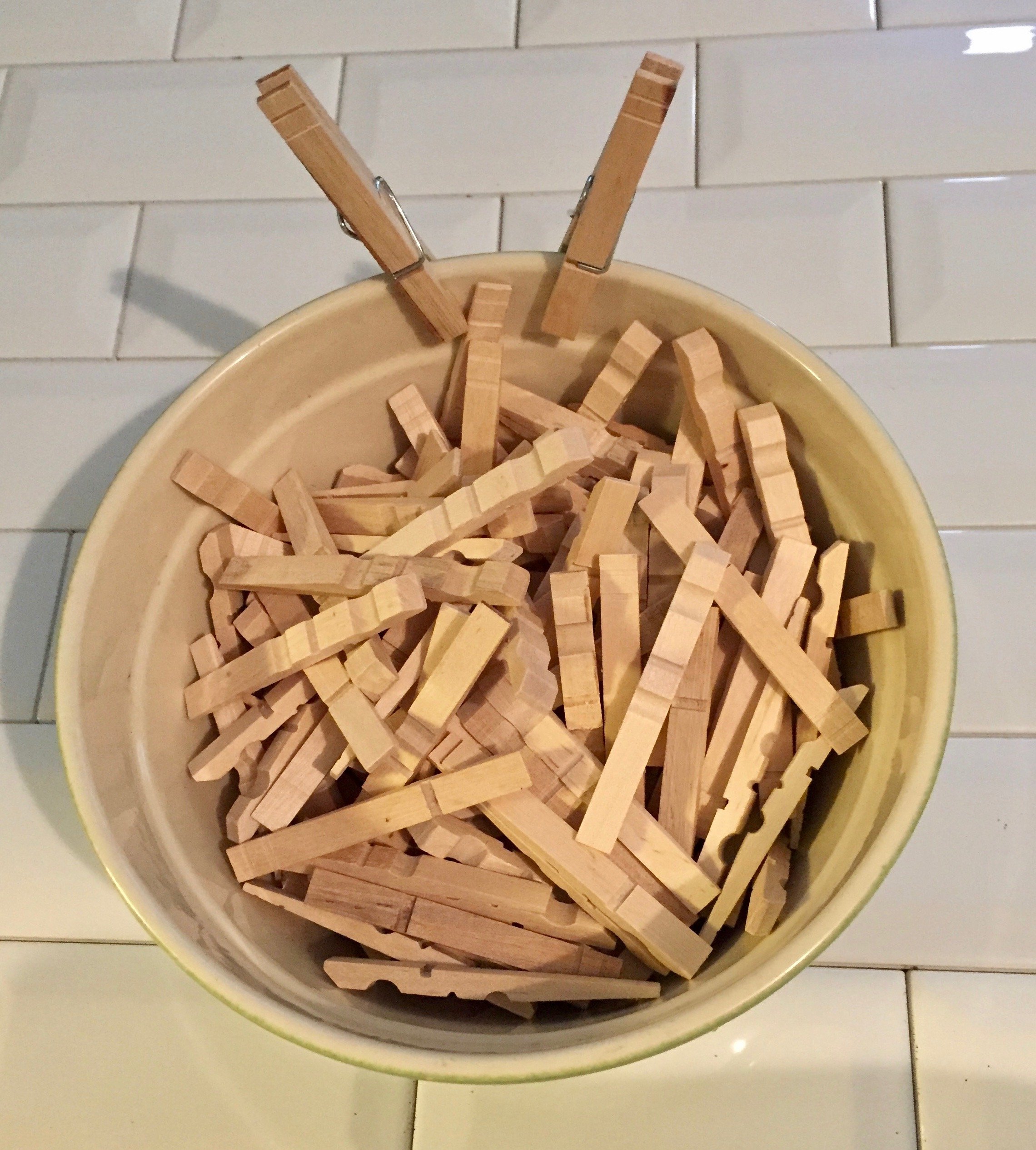 This is my gaint bowl of clothespins I brought two packs of 50, that's 200 indidual pieces. haha