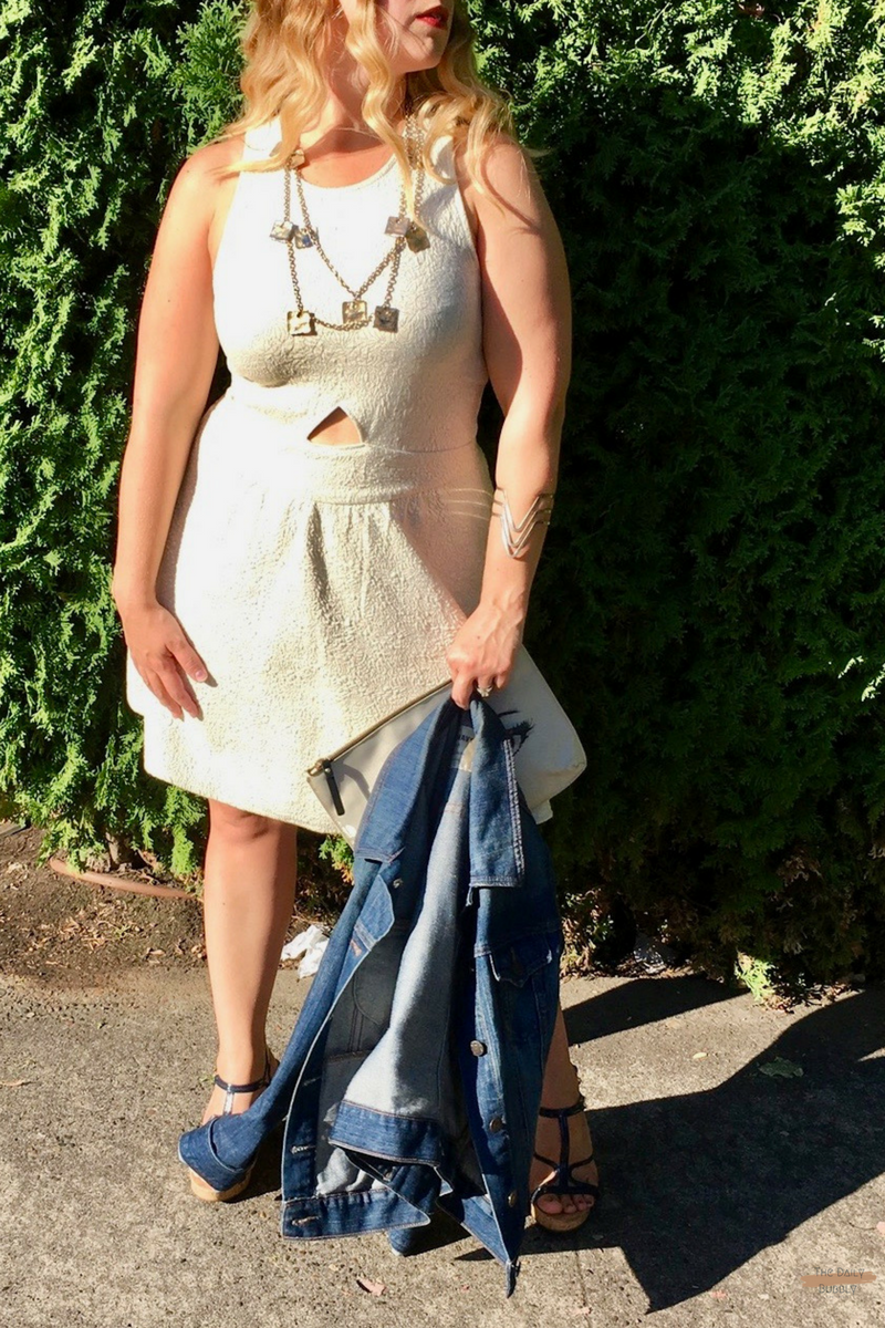 How-To-Wear-White-To-A-Wedding-The-Daily-Bubbly-2.png