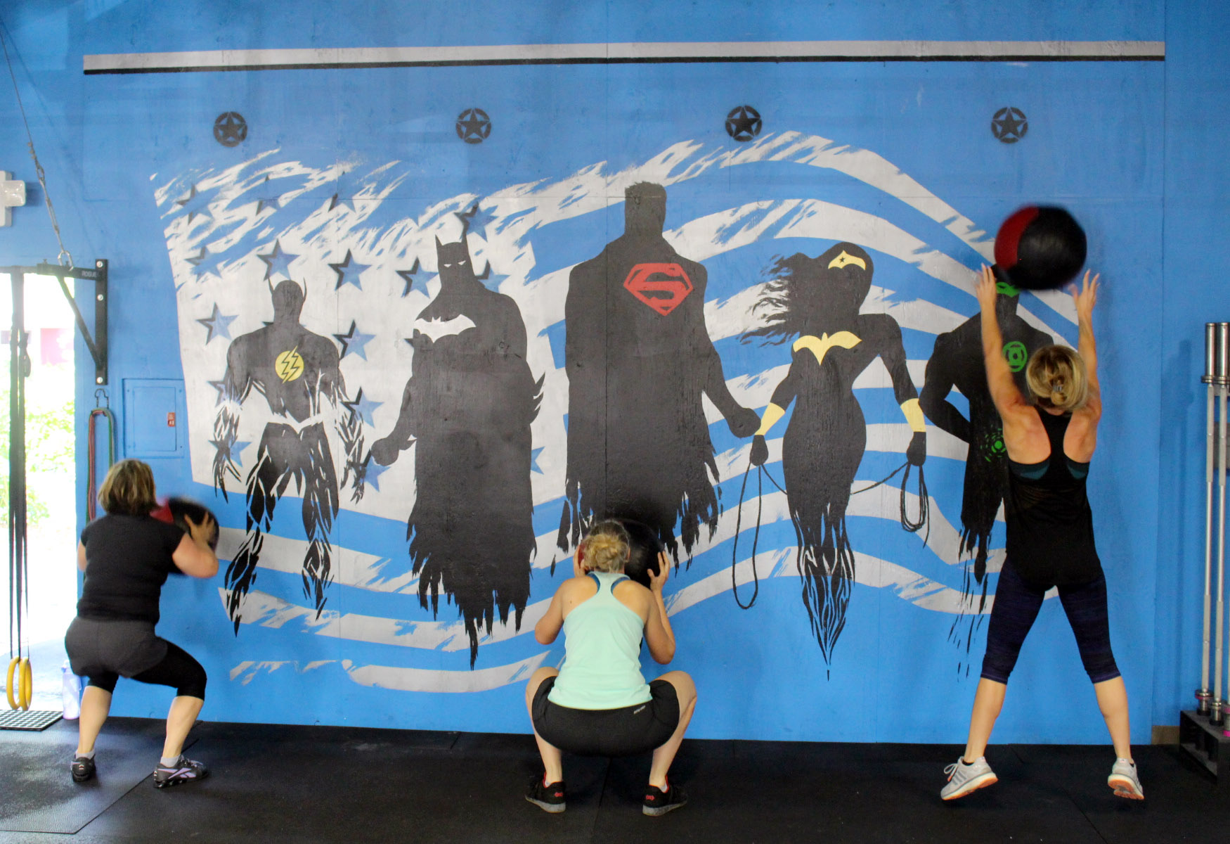 Ana, Marie & Bethanie doing Wall Balls