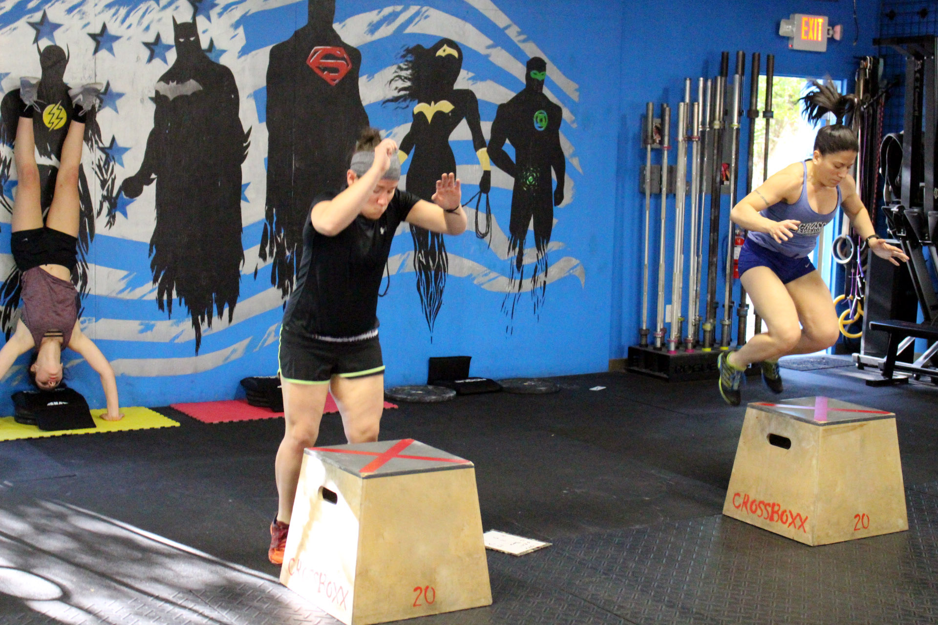 Box Jumps & Handstand Push-ups