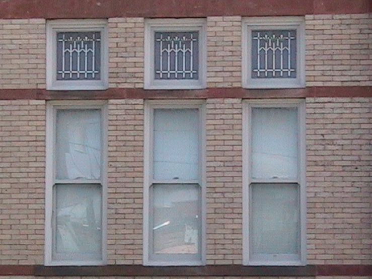 Richardsonian Romanesque Windows