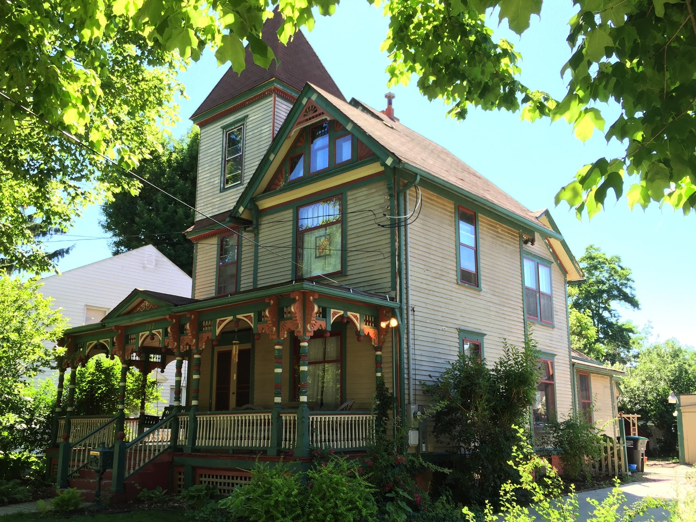 Mumaw House, 717 North Broad Street, c. 1895