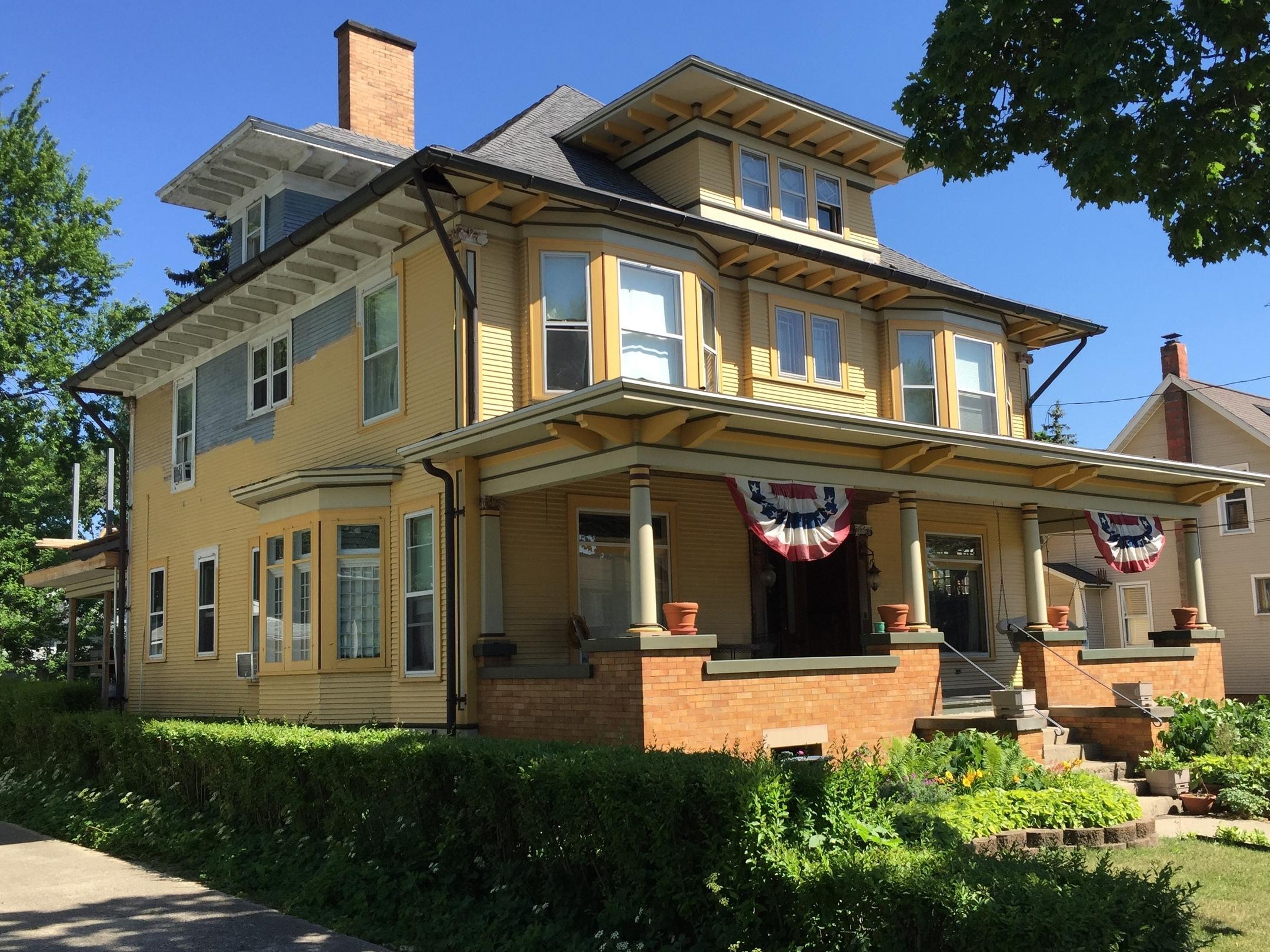 Ernest Smith House, 214 Clinton Street, 1907-08