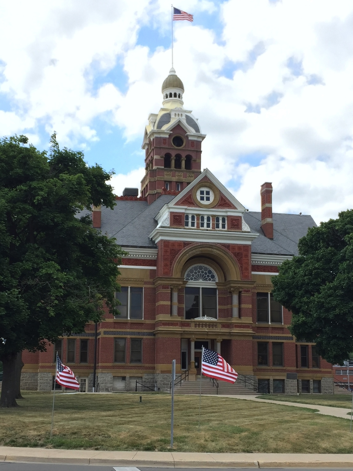 Lenawee County Courthouse, 309 North Main Street, 1885, Edward O. Fallis architect