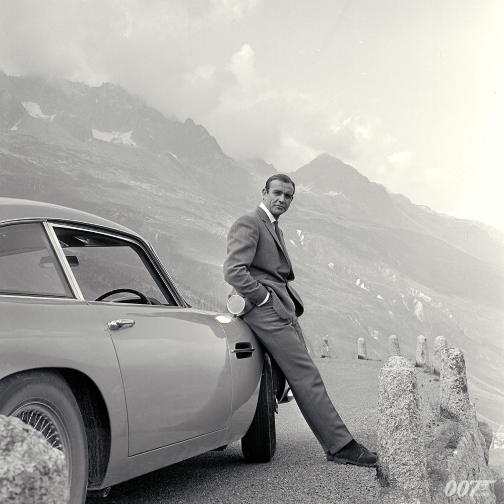 James Bond Style Icon 007 Aston Martin Grey Suit Sean Connery