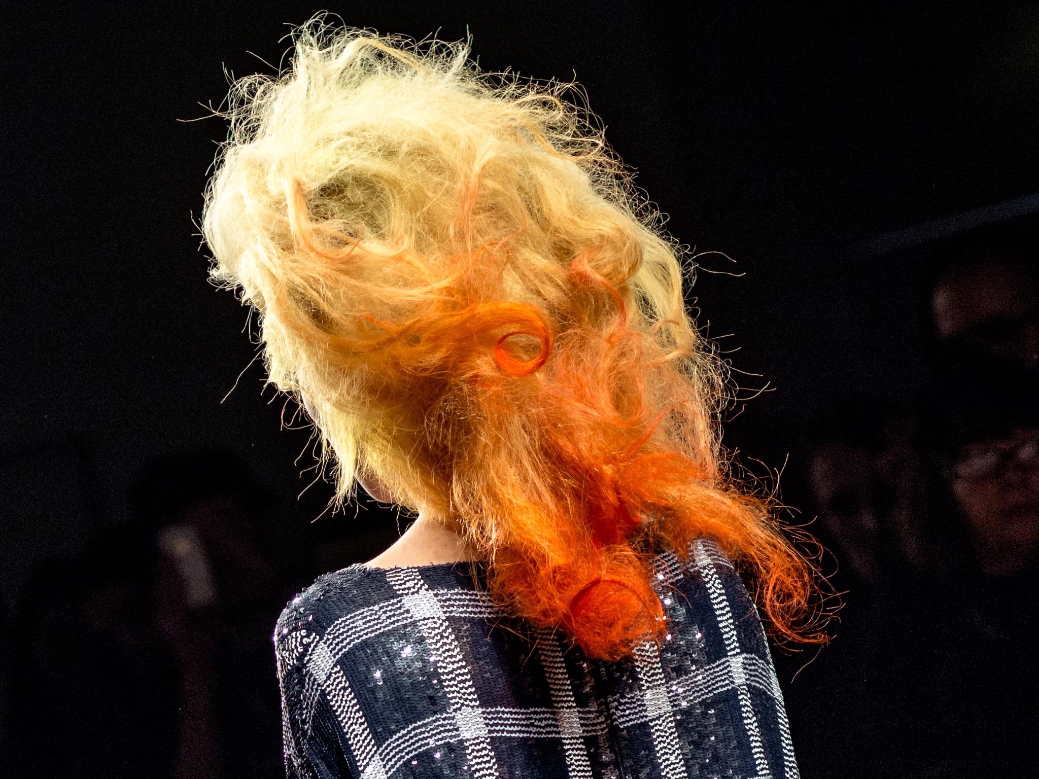 London Fashion Week LFW Runway Show Photography Photograph How to Model Walking Catwalk Youtube Video Guide Tutorial Hair Ashish