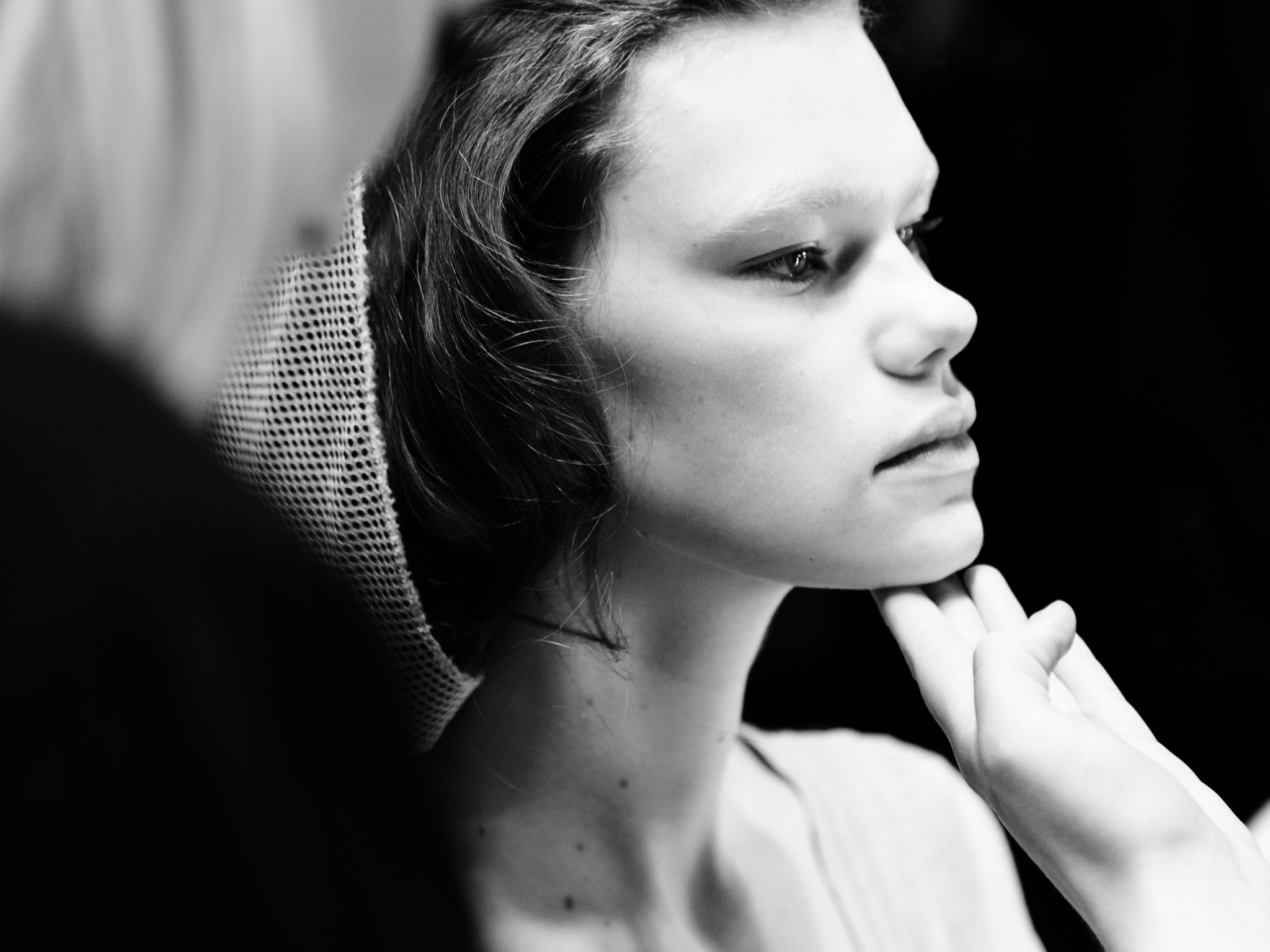 London Fashion Week LFW Runway Show Photography Photograph How to Model Walking Catwalk Youtube Video Guide Tutorial Backstage Kelly Mittendorf