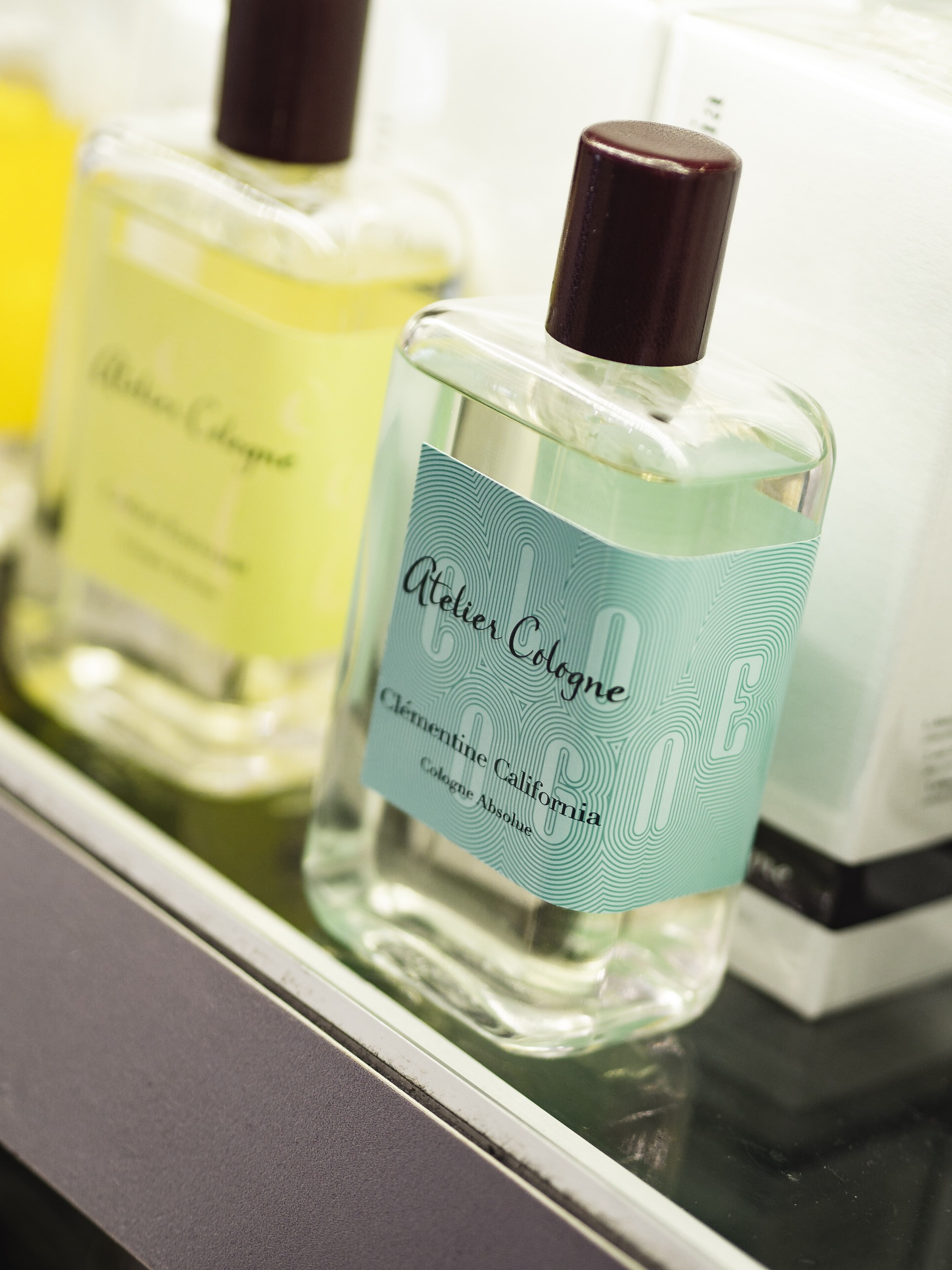 Heathrow Airport World Duty Free Fragrance Atelier Cologne Clementine California