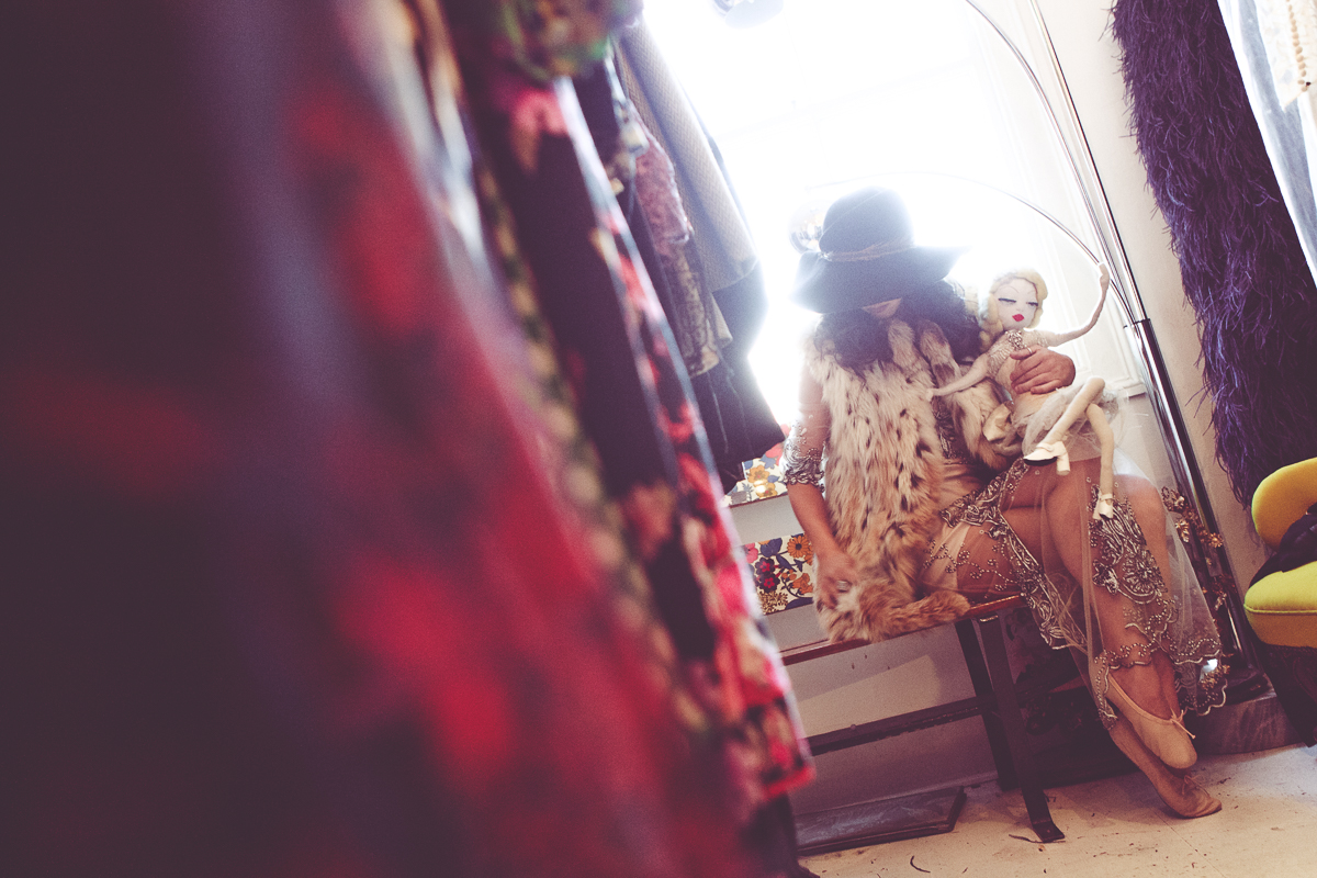 The Clothes Whisperer Kristin Knox Fashion Blogger Photoshoot Editorial D&Me One Vintage Jay McLaughlin