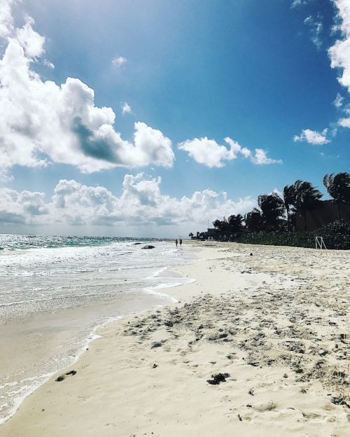 Long, endless beach. Paradise!