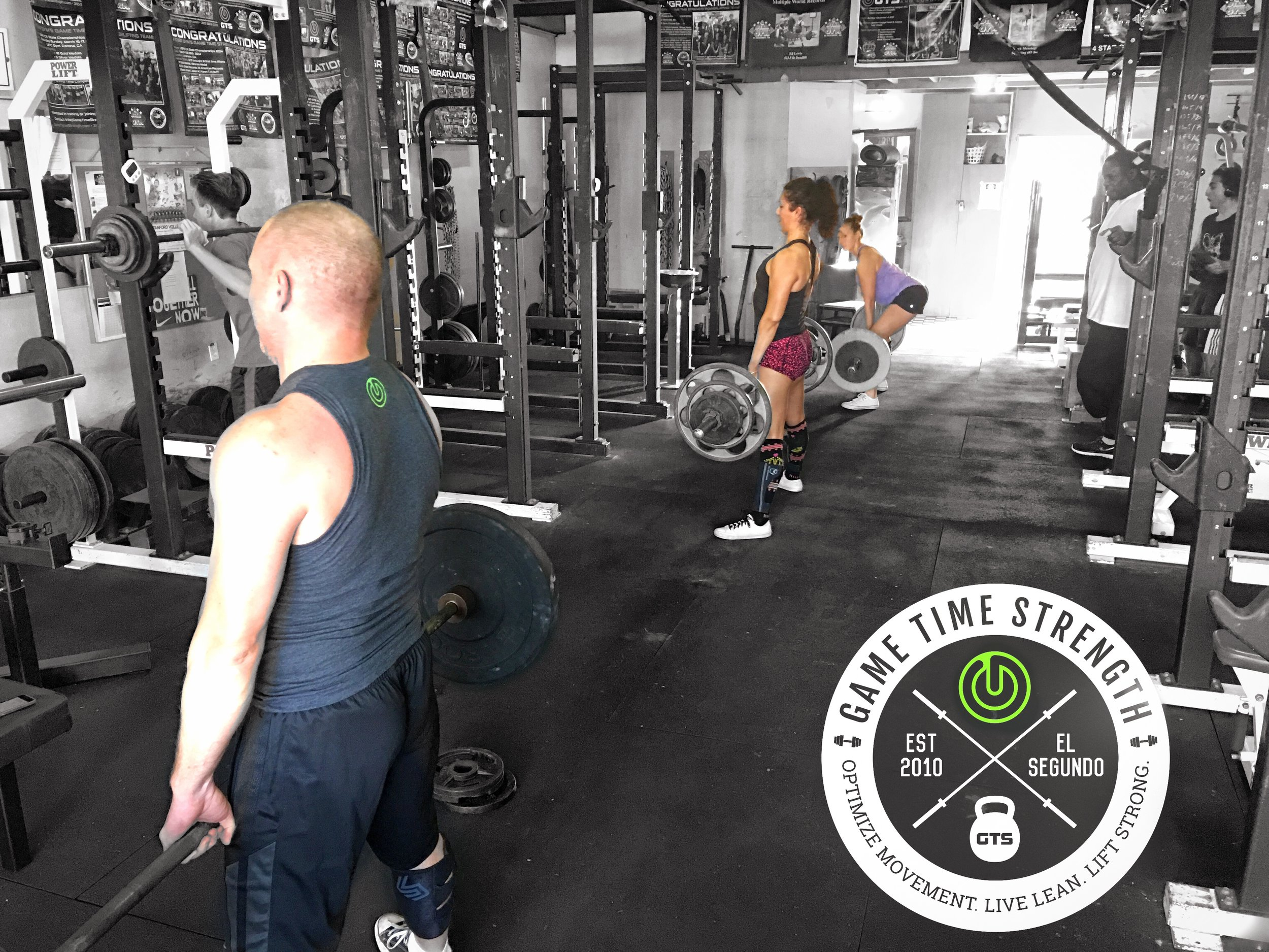 Syncronized deadlifts
