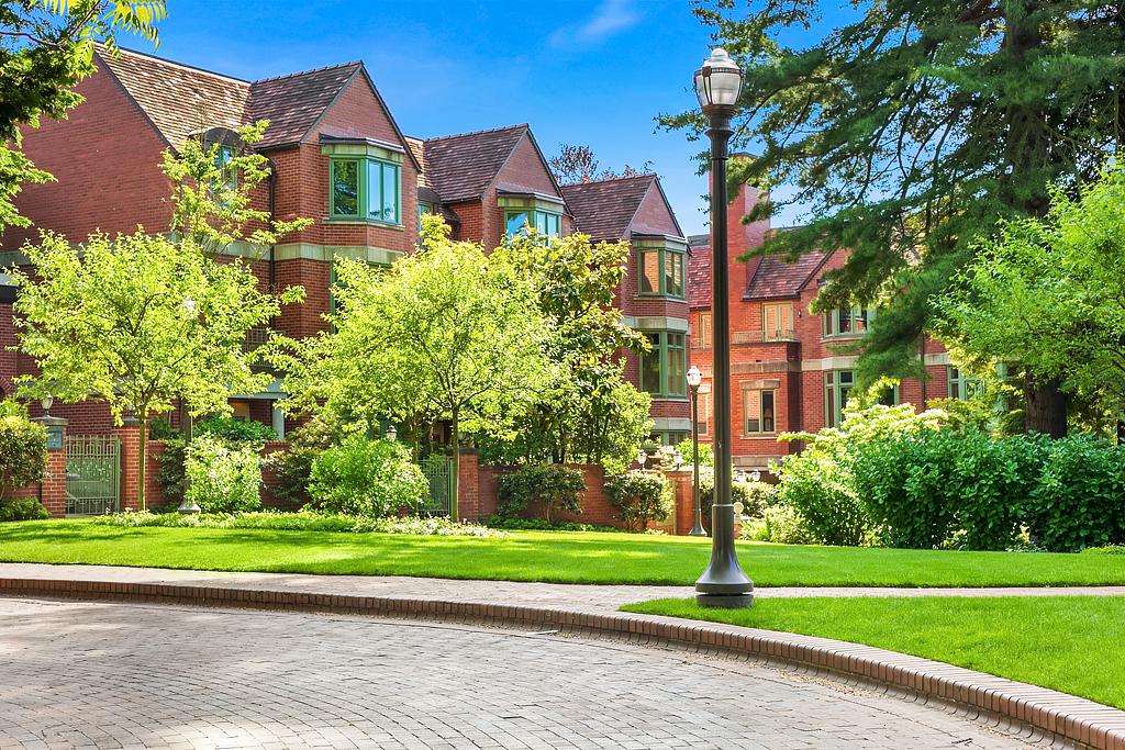 907 Harvard Ave E | $2,804,000