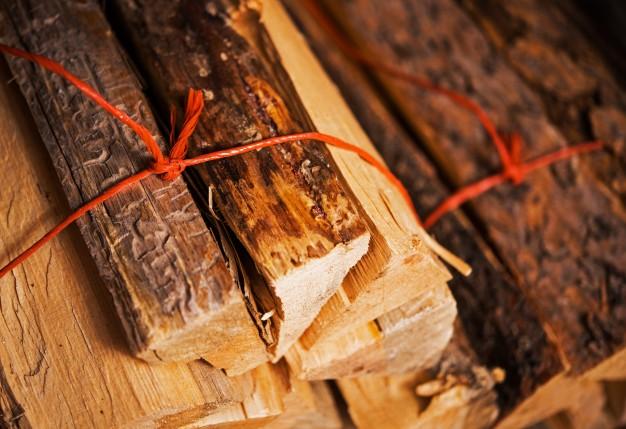 firewood-bundles_1426-1459.jpg