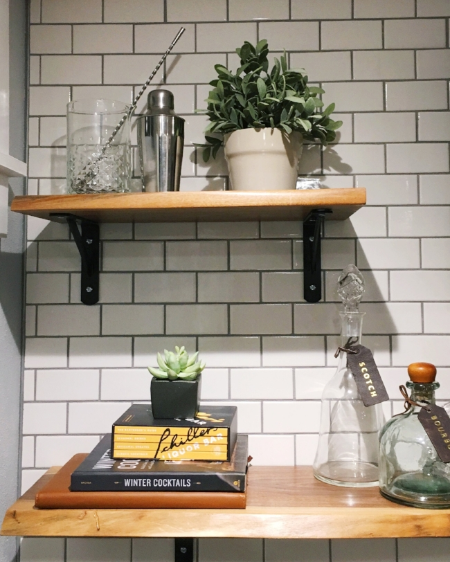 styling exposed bar shelving with subway tile and wood shelves | la petite farmhouse