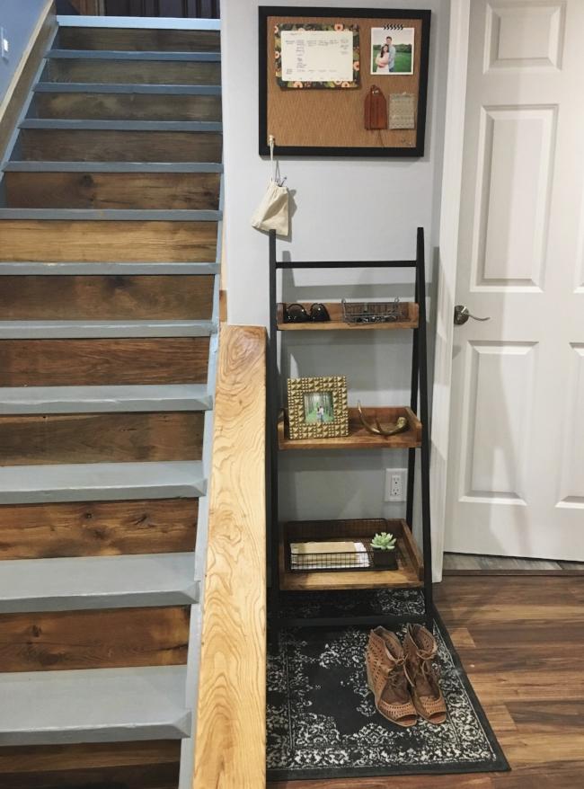 modern rustic basement entryway organization | la petite farmhouse