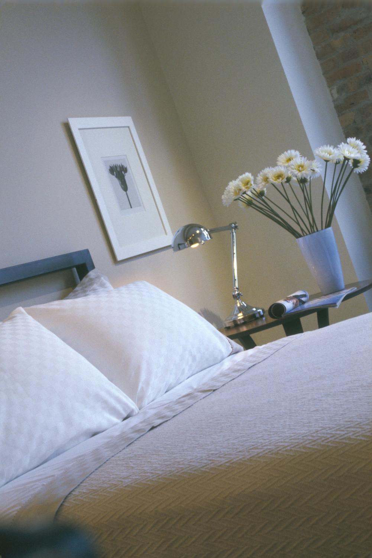 chicago_bedroom_model_apt1.jpg