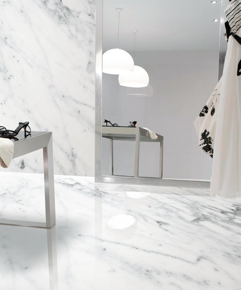 Carrara. Bath 3.JPG