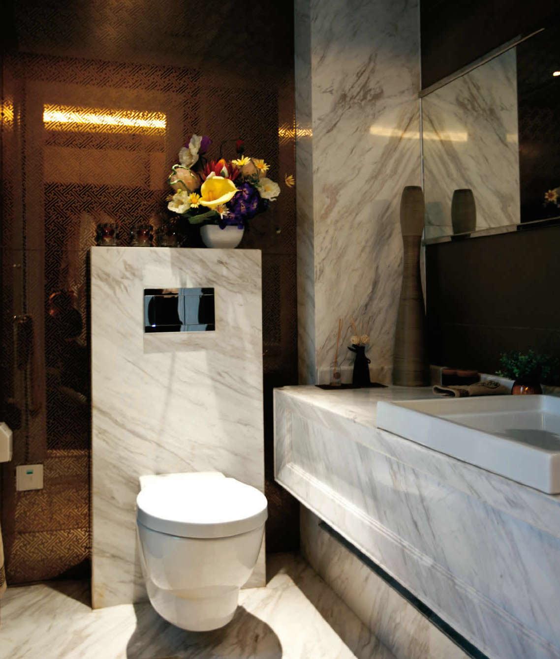 Carrara. All Bath.JPG