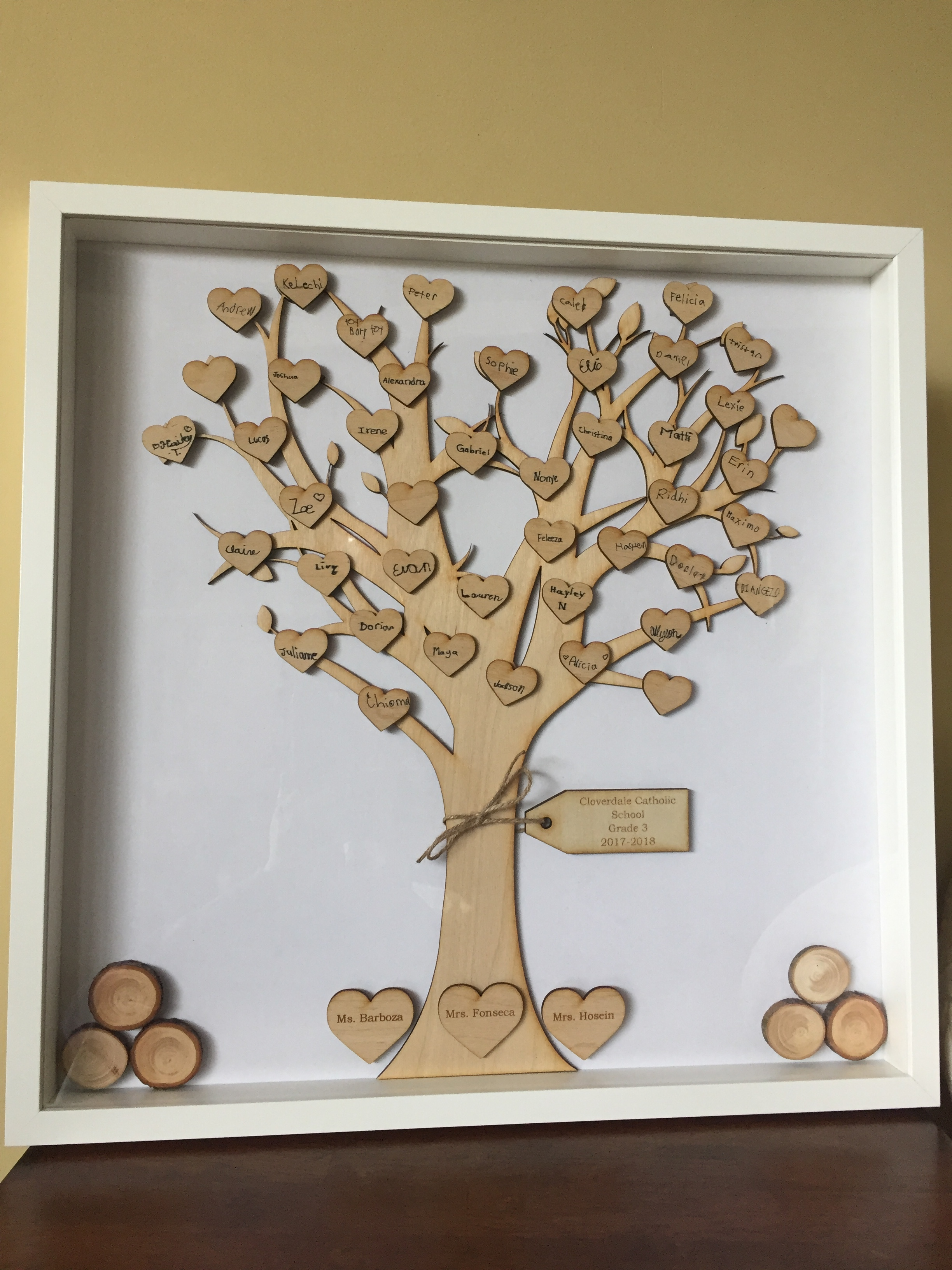 Grade 3 - Wooden tree with hearts