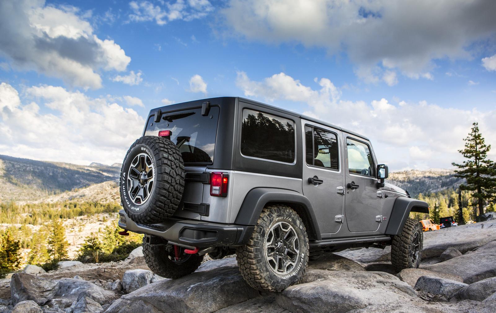 2013_jeep_wrangler_rubicon_10th_anniversary_8_1600x1200.jpg