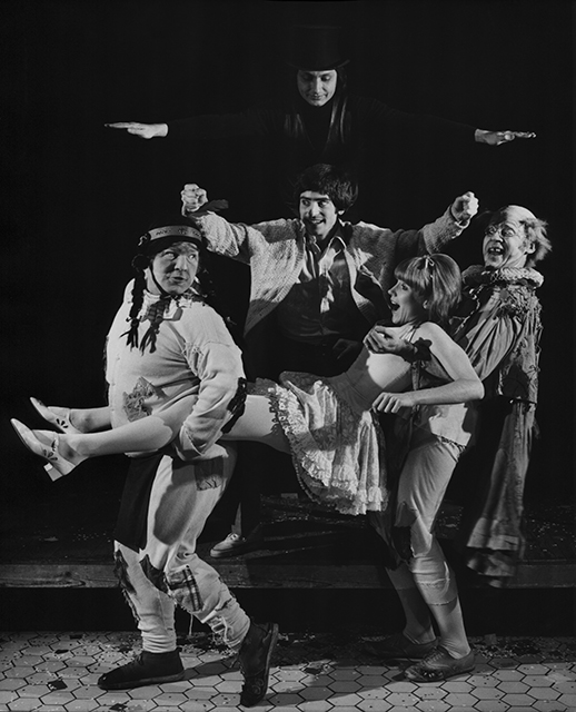 Bob Crest as The Mute, Jimmy Dodge as Matt, Bill McIntyre as Mortimer, Virginia Gregory as Luisa, and Justin Gray as Henry in  The Fantasticks .