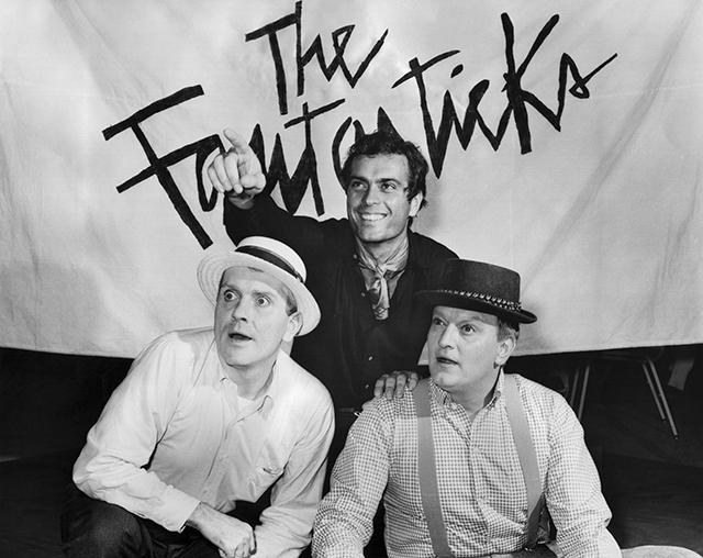 Phil O'Brien as Hucklebee, Gardner McKay as El Gallo, and Harry Lee Rodgers as Bellomy in  The Fantasticks .
